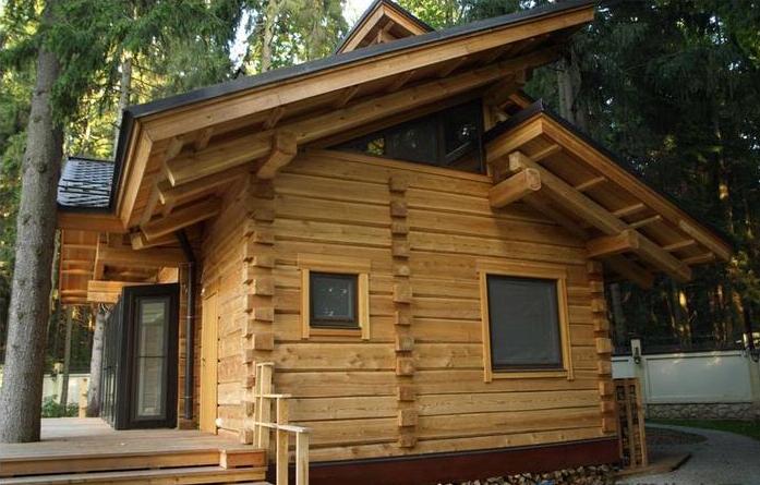使用防腐木作为木结构可以固碳,减少温室气体的排放,相比其他高能耗的